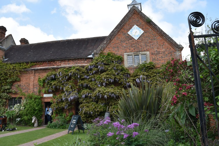 Packwood House 23