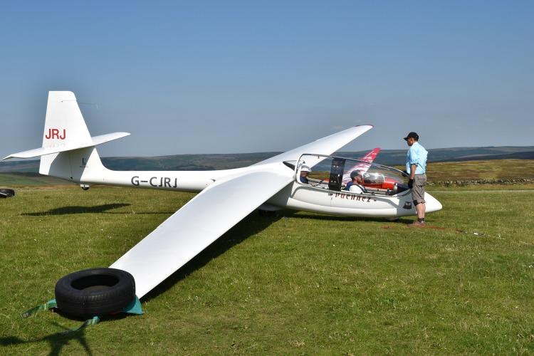 Gliding - Hathersage 5