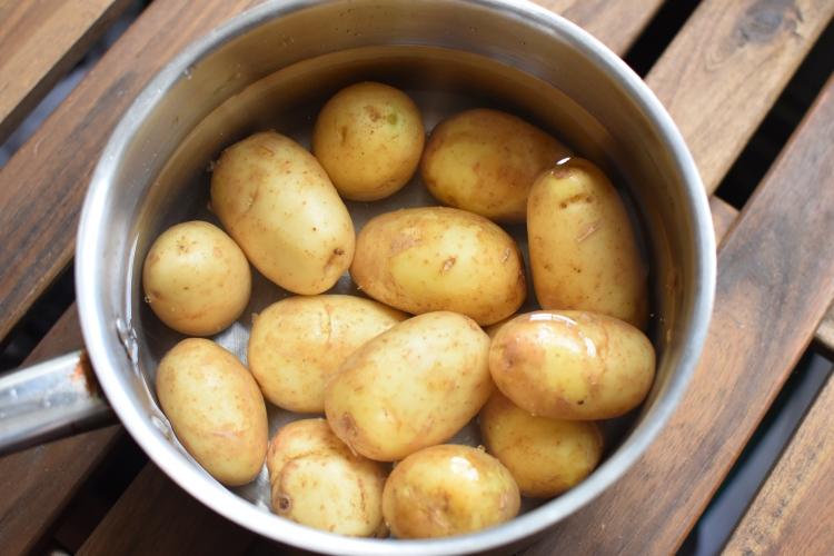 Parboil Potatoes