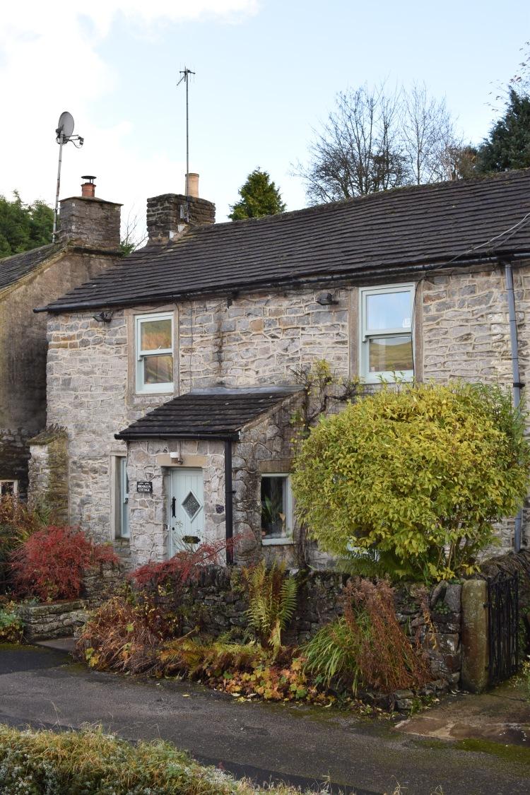 castleton-peak-district-cottage