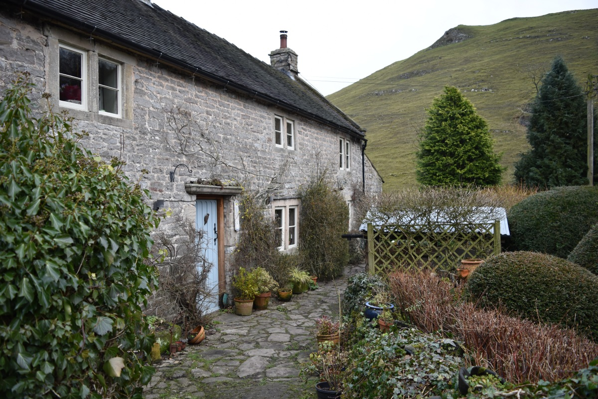 Milldale - The Perfectly Situated Derbyshire Village